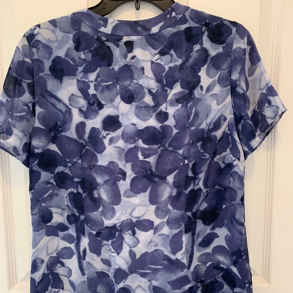 2 COLDWATER CREEK PRINT SS BLOUSES. Like new.